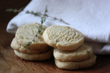 grass crackers
