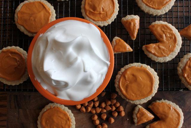 pocket size pumpkin pie cookies bowl of fluff
