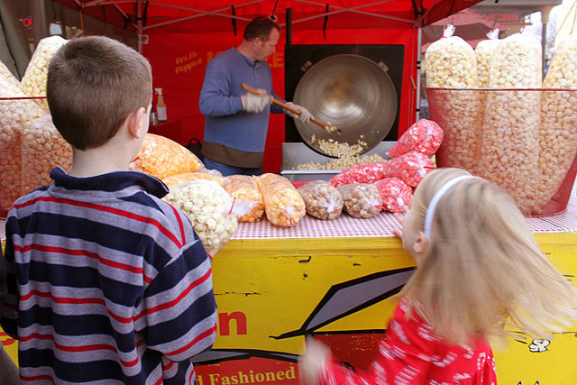 d and k jumping for kettle corn