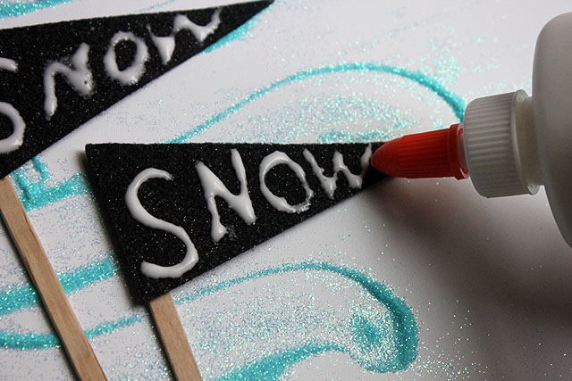 glue write snow
