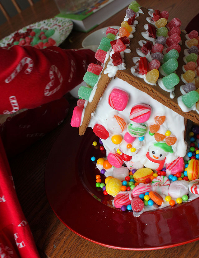 the 2012 gingerbread house