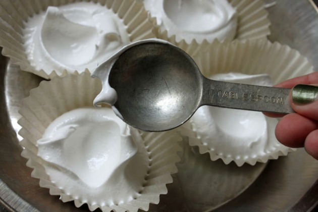 2 tablespoon meringue wells