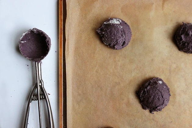 scoop blueberry butter cookie batter