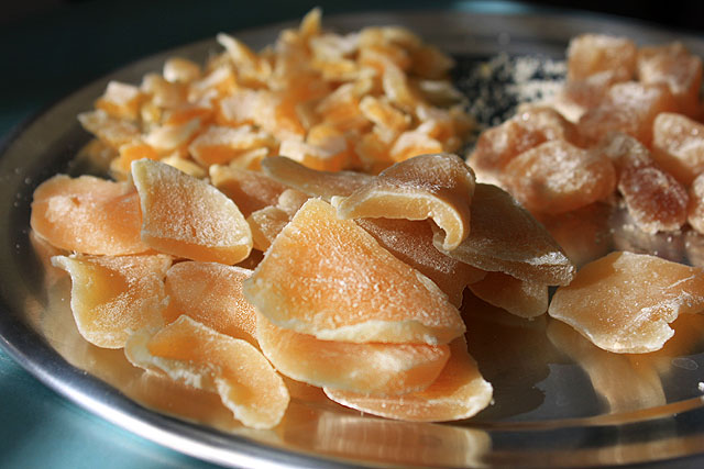 dried mango plate