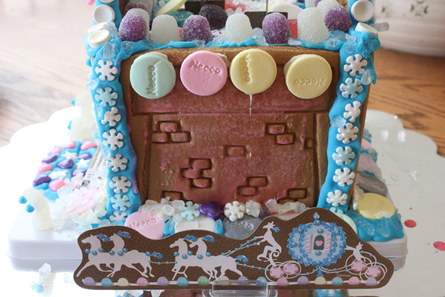 cinderella candy castle coach
