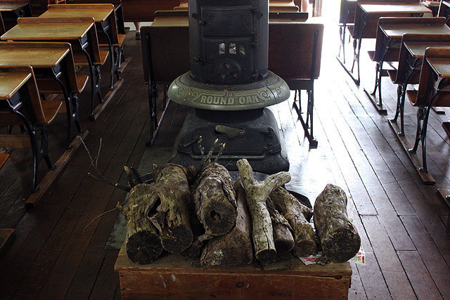 7 collins schoolhouse wood stove