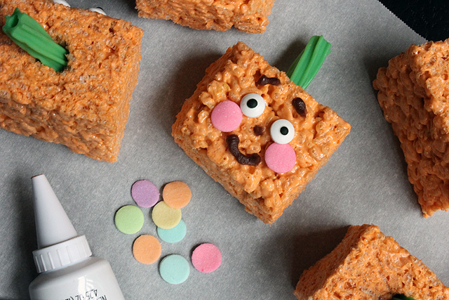 1 spookley square pumpkin marshmallow krispie treat smile