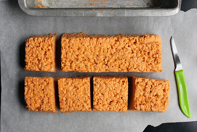 5 orange spookley square pumpkin marshmallow krispie treats cut