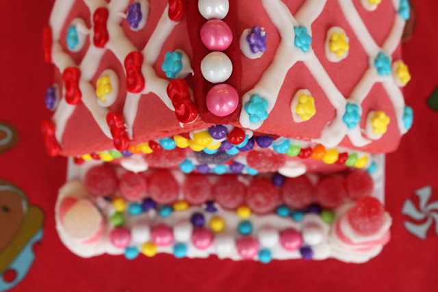 3 roof of pink candy house